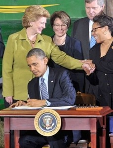 Obama-optimistic-on-higher-minimum-wage-MSU-research-at-farm-bill-signing